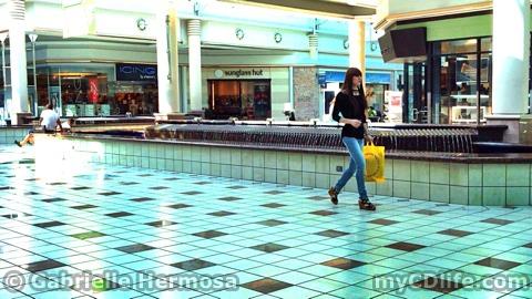 Gabrielle Walking 2 2014-07-06